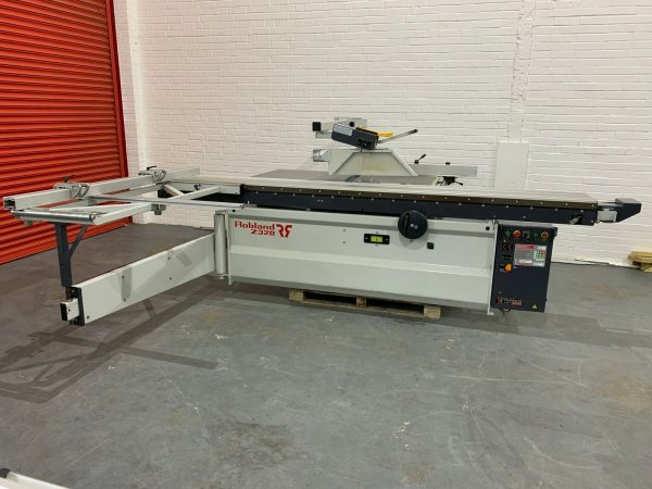Previously owned Robland Z320 Sliding Table Panel Saw